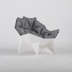 Q1 Chair