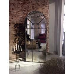 Mirror London