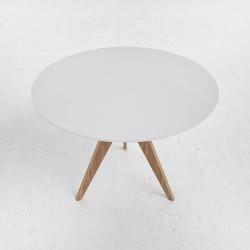 Стол N4